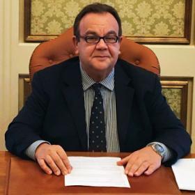 Il Rettore Gavino Mariotti