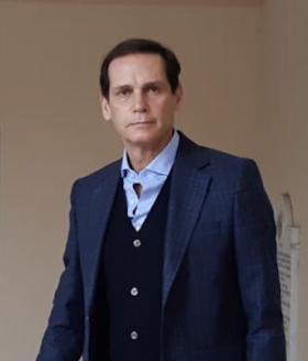 El Vice Rector Fausto Andrea Piana